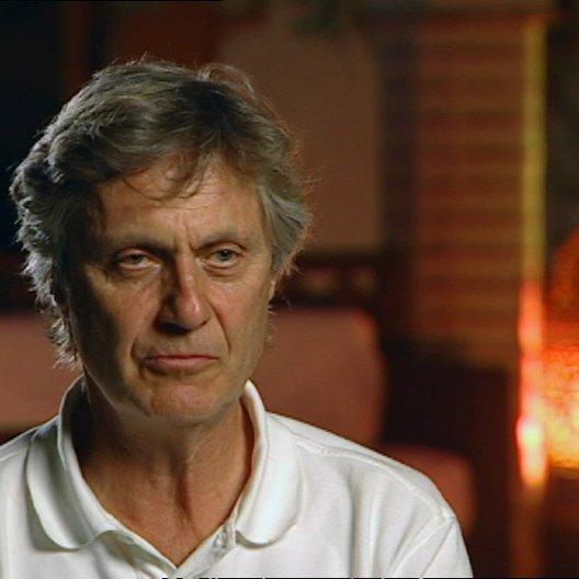 Lasse Hallström - Regisseur wie er zu diesem Projekt kam - OV-Interview Poster