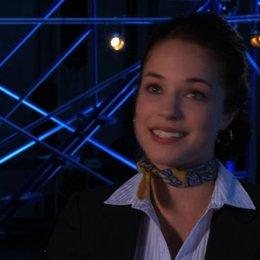Alexis Knapp über die allgemeine Beliebtheit von Musical-Filmen wie Glee - OV-Interview