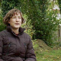 Marie Leuenberger - Emilie über Regisseur Marcus H. Rosenmüller - Interview Poster