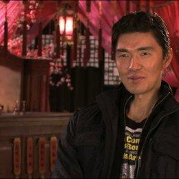 Rick Yune über sein Kostüm - OV-Interview