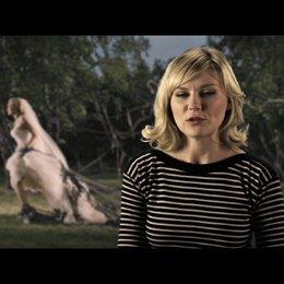 Kirsten Dunst über Justine - OV-Interview Poster