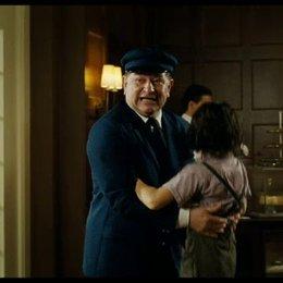Robert im Hotel Kempinski mit Oma Hildegard - Szene