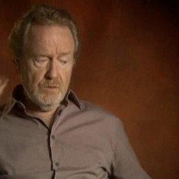 Ridley Scott über seinen Hauptdarsteller Russell Crowe, die restliche Besetzung und seine Art, Filme zu drehen - Szene Poster