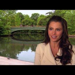 Sofia Vergara über die Arbeit mit Hank Azaria - OV-Interview