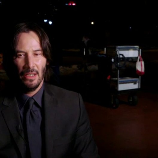 Keanu Reeves - John Wick - über den einzigartigen Look des Films - OV-Interview Poster