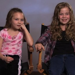 Megan Charpentier über Regisseur Andy Muschietti - OV-Interview