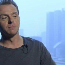 Simon Pegg über Stellan Skarsgard - OV-Interview Poster