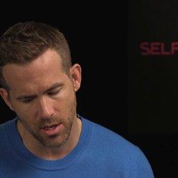 Ryan Reynolds - junger Damian - über Tarsem Singhs kreative Welten und über die nahende - OV-Interview