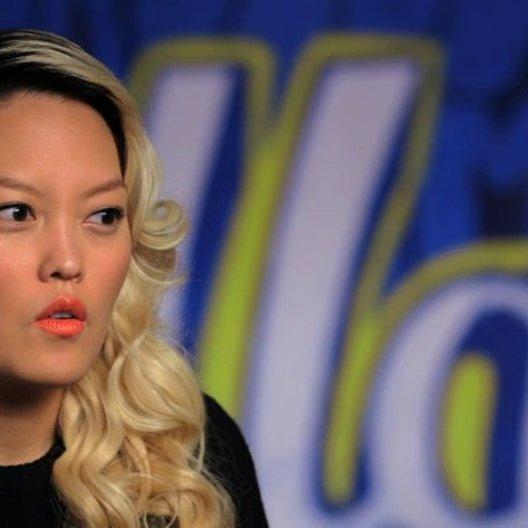 Hana Mae Lee über den Reiz von Pitch Perfect - OV-Interview