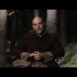 Mark Strong ueber seine Rolle - OV-Interview Poster