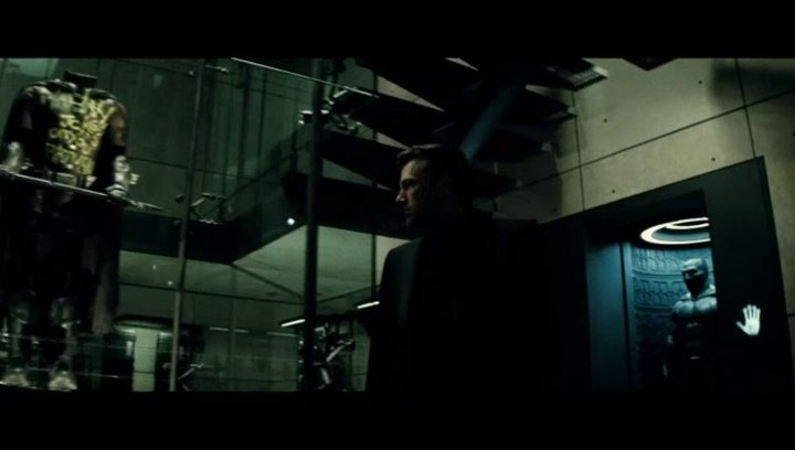 Batman v Superman: Dawn of Justice - Trailer Poster