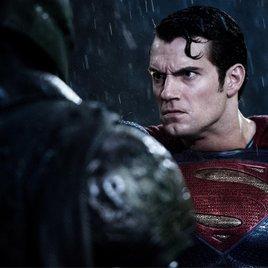 """""""Batman v Superman"""": Diese Szene war selbst den Machern zu düster!"""