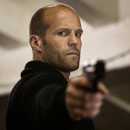 Smartphone-Werbung: Jason Statham schießt wahrlich den Vogel ab!