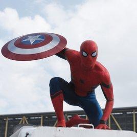 Tobey Maguire reagiert auf neuen Spider-Man mit unterhaltsamen Video