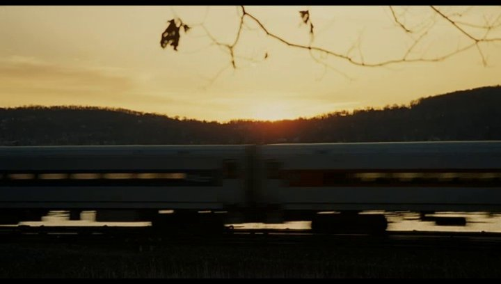 The Girl on the Train - Trailer Poster