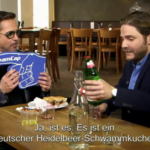 Robert Downey Jr Gets A Taste Of Berlin - Sonstiges