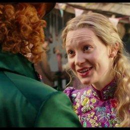 Alice trifft den jungen Hutmacher - Szene Poster