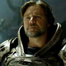 """Russell Crowe enthüllt, warum """"Batman v Superman"""" ursprünglich nicht geplant war"""