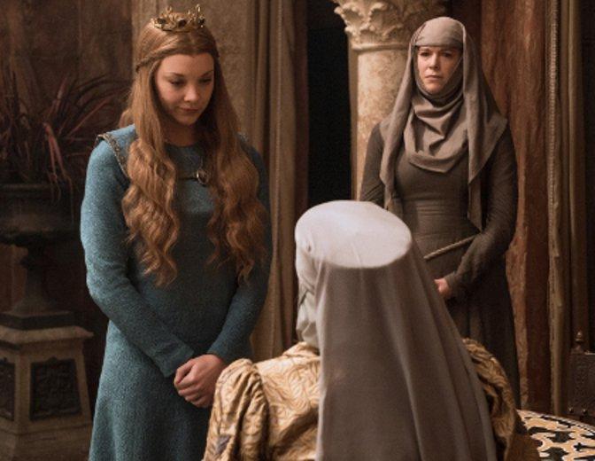 Margaery spielt mit verdeckten Karten. © HBO