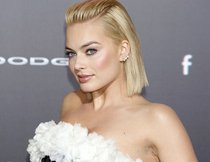 Favoritenrolle für Margot Robbie als neues Bond-Girl