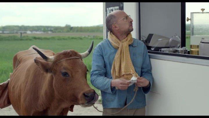 Fatah mit der Kuh durch Frankreich - Szene Poster