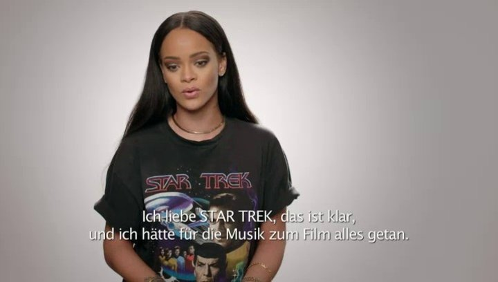Rihanna (OmU) - Featurette Poster
