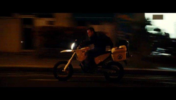Bourne entwendet das Motorrad - Szene Poster
