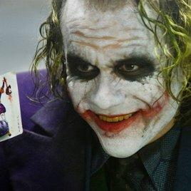 Darum ist The Dark Knight das eigentliche Problem von Warner & DC!