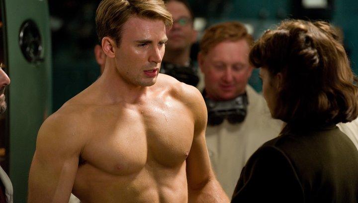 Captain America - The First Avenger (BluRay-/DVD-Trailer) Poster