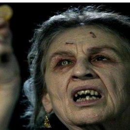 Finger weg: 10 verfluchte Gegenstände aus Horrorfilmen, die man unbedingt meiden sollte