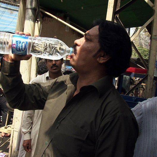 Bottled Life - Nestlés Geschäfte mit dem Wasser - Trailer Poster