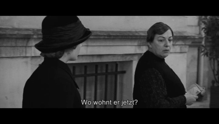 Anna macht sich in Paris auf die Suche nach Adrien - Szene Poster