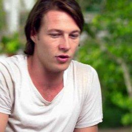 Luke Bracey - Young Dawson - darüber worauf sich das Publikum freuen kann - OV-Interview Poster