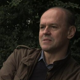 Robert Kulzer über den Cast - OV-Interview Poster