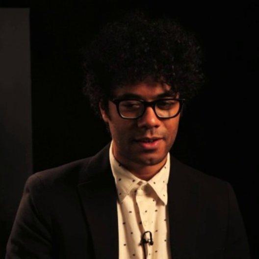 Richard Ayoade über das Sehenswerte am Film - OV-Interview Poster
