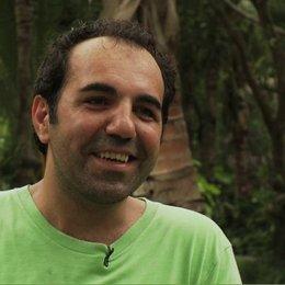 Adnan Maral Metin über seine Rolle 02 - Interview Poster