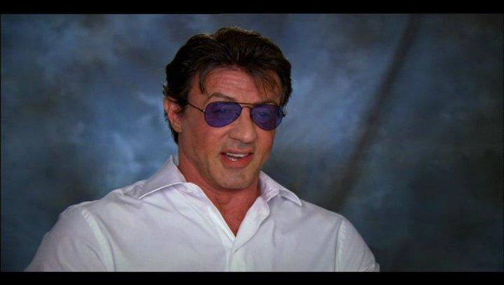 Sylvester Stallone über die Story - Teil 3 - OV-Interview Poster