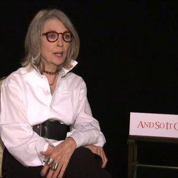 Diane Keaton - Leah - über die Beziehung zwischen Leah und Oren - OV-Interview Poster