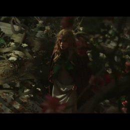 Belle kommt im Schloss an - Szene Poster