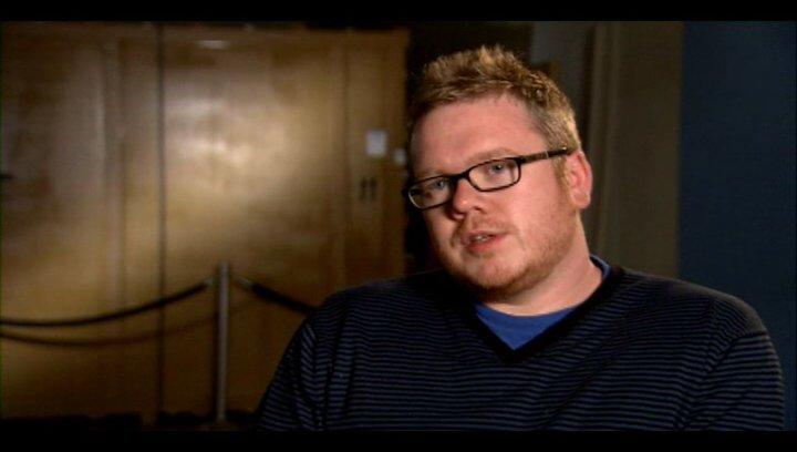 Jim Field Smith (Regie) - warum Jungs sich im Film wiedererkennen werden - OV-Interview Poster