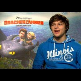 """DANIEL AXT - """"Hicks - der Hüne"""" (deutsche Stimme) über die Story - Interview Poster"""