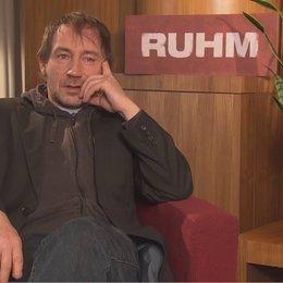 Thorsten Merten darüber was er dachte als er das Drehbuch gelesen hatte - Interview Poster