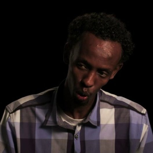 Barkhad Abdi - Muse - über Tom Hanks - OV-Interview Poster