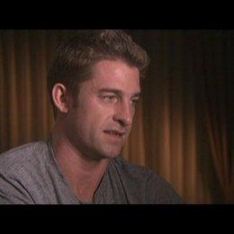 Interview mit Scott Speedman (James) - OV-Interview Poster