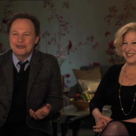 Billy Crystal (Artie Decker und Produzent) mit Bette Midler (Diane Decker) über die Entstehung des Films - OV-Interview Poster
