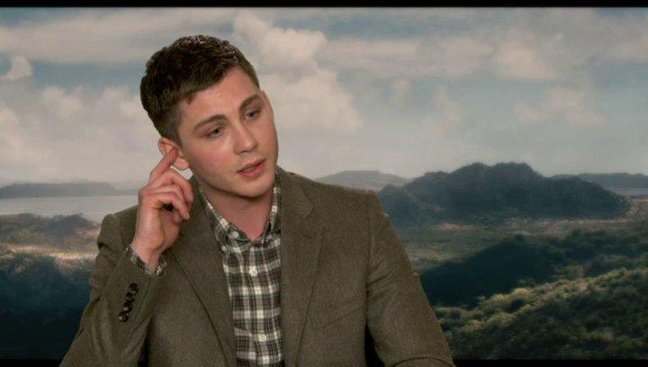 Logan Lerman - Ham - über seine Rolle - OV-Interview Poster