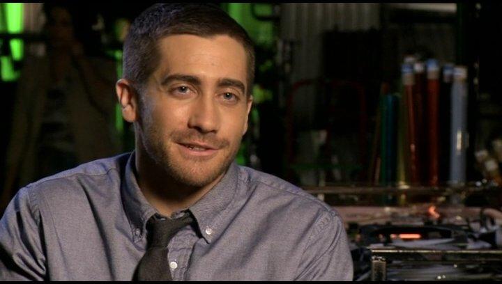 Jake Gyllenhaal (Colter Stevens) über sein Vertrauen in Duncan Jones - OV-Interview Poster