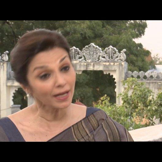 """Lilette Dubey - """"Mrs. Kapoor"""" über die Zusammenarbeit mit dem Cast - OV-Interview Poster"""