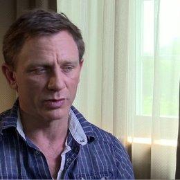 Daniel Craig - Jake Lonergan - über seine Vorbereitung auf den Film - OV-Interview Poster