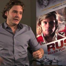 Daniel Brühl -Niki Lauda- über den Film - Interview Poster